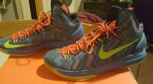 Nike KD V Christmas Edition for Sale in Victorville, CA