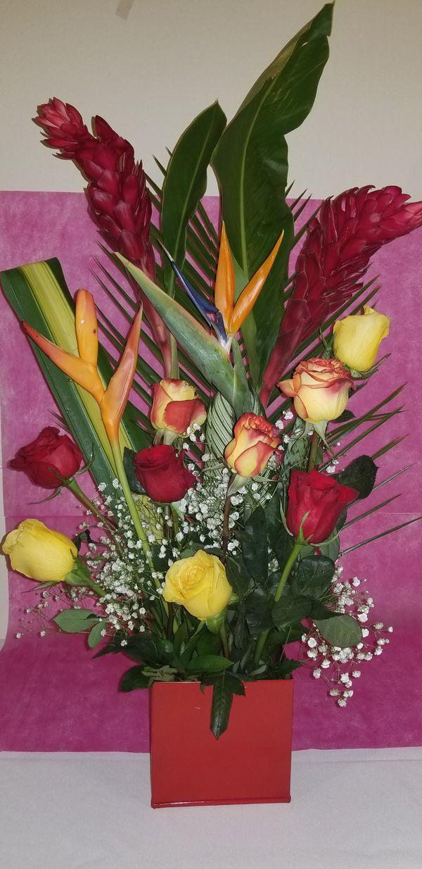 Arreglos Florales Tropical For Sale In Princeton Fl Offerup