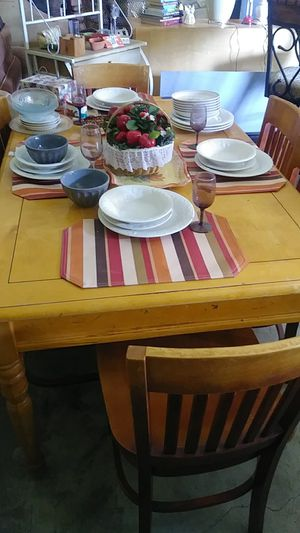 6 chairs table hard wood strong for Sale in Crewe, VA