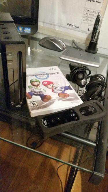Nintendo wii with Mario kart