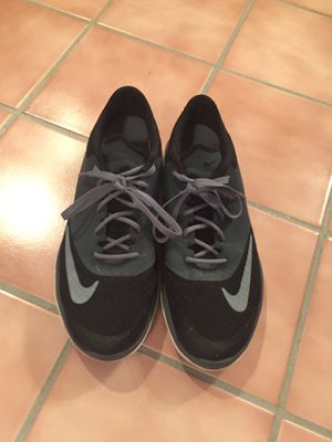 Women's Nike shoes sz10 for Sale in Manassas, VA