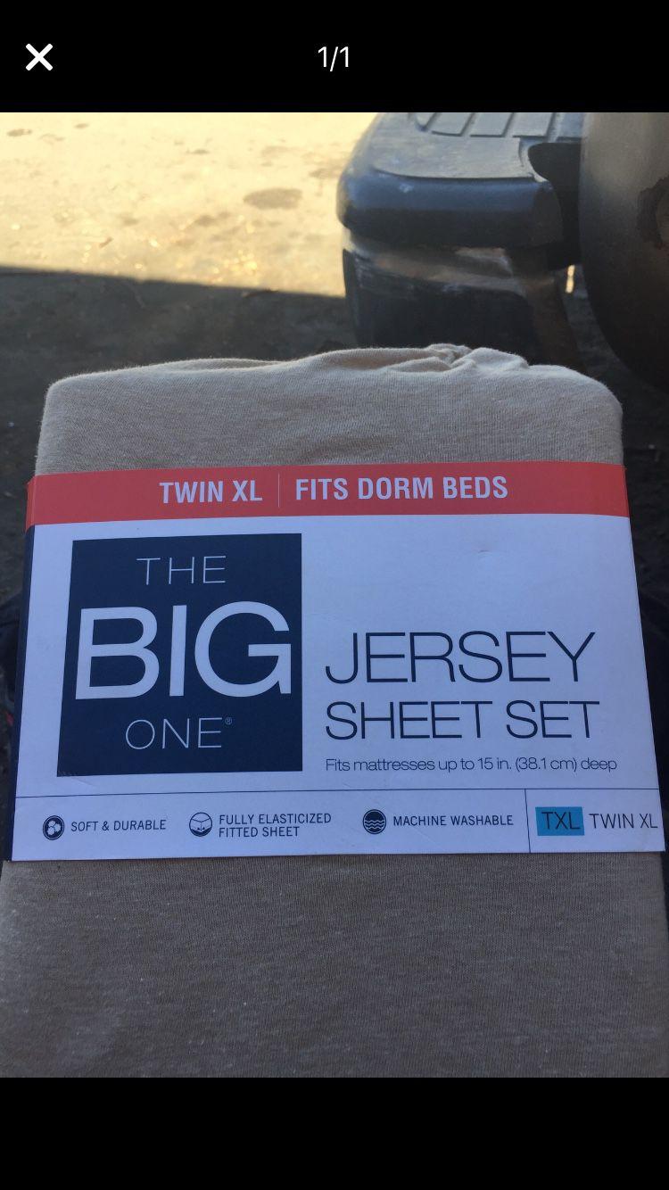 Twin xL jersey sheet set