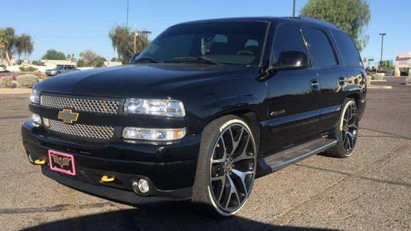 Used Escalade For Sale >> 2002 chevy tahoe custom for Sale in Phoenix, AZ - OfferUp