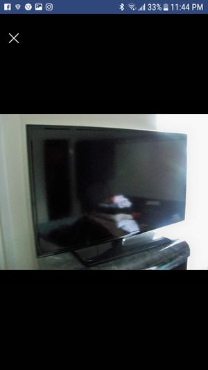 "40"" Samsung smart tv for Sale in Orlando, FL"