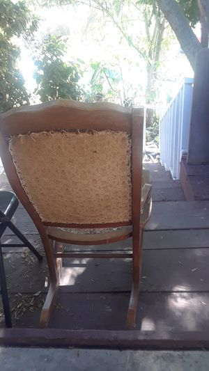 Vintage rocking chair for Sale in Los Angeles, CA