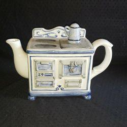 Teapot Stove Shaped  Thumbnail