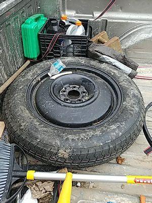 5 lug nut spare tire for Sale in Alexandria, VA