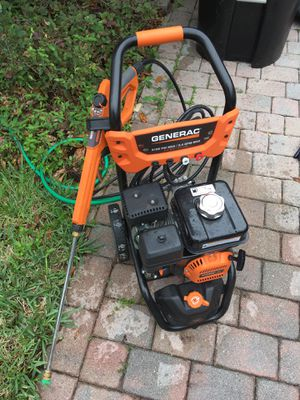 Generac pressure washer 3100 2.4 fog for Sale in Orlando, FL