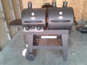 Combined propane and charcoal grille for Sale in Gaithersburg, MD