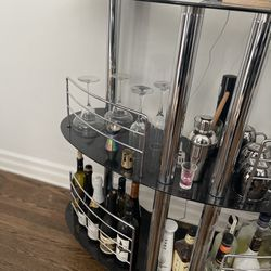 Luxury full sized bar. Thumbnail