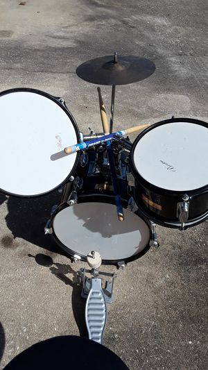Kids BARCELINA BLACK/ white drum set for Sale in Winter Springs, FL