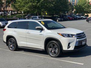 2017 Highlander Platinum Hybrid AWD for Sale in Alexandria, VA