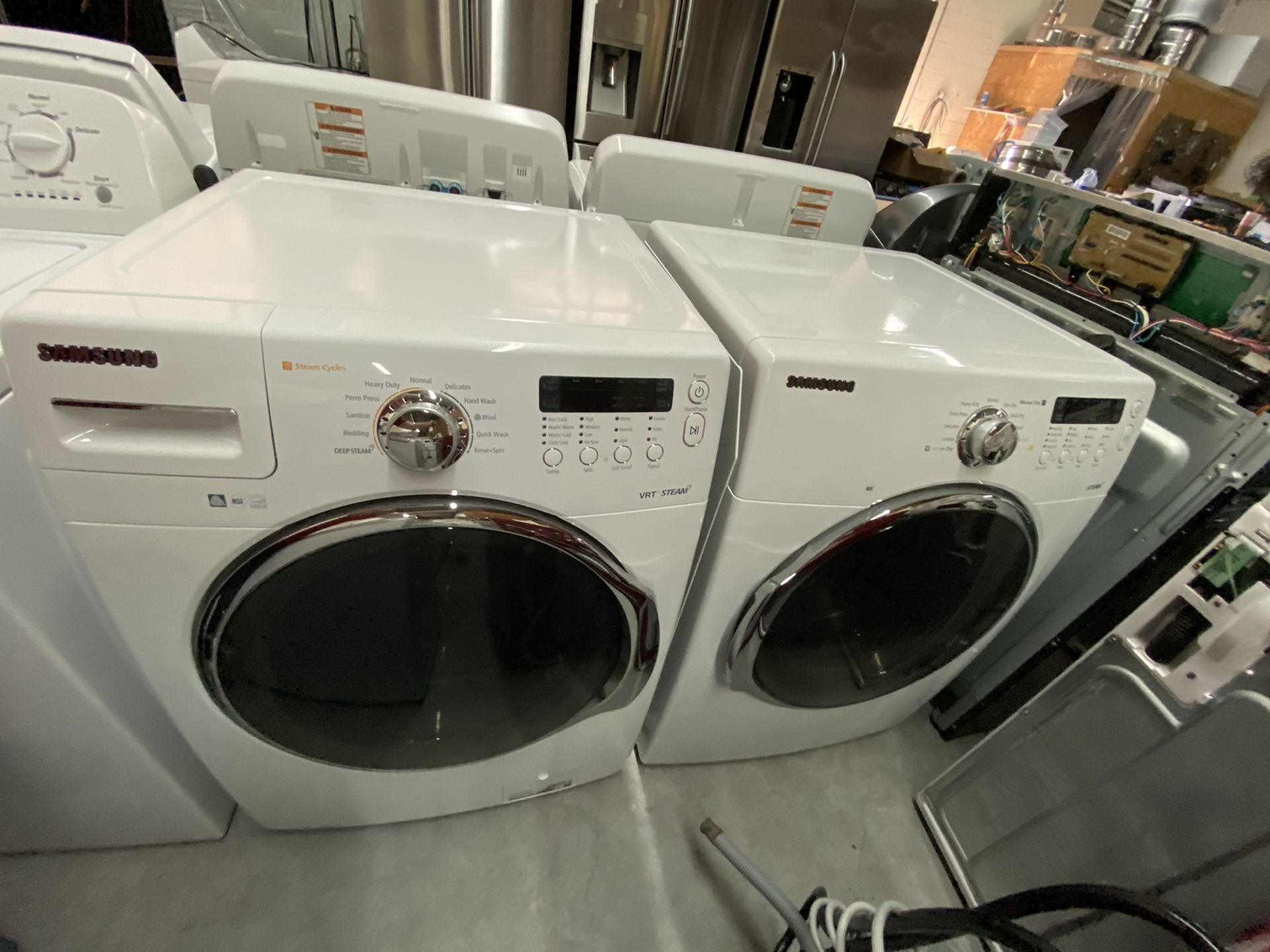 SAMSUNG STEAM HIGH EFFICIENCY FRONT LOAD WASHER AND DRYER 4 MONTH WARRANTY