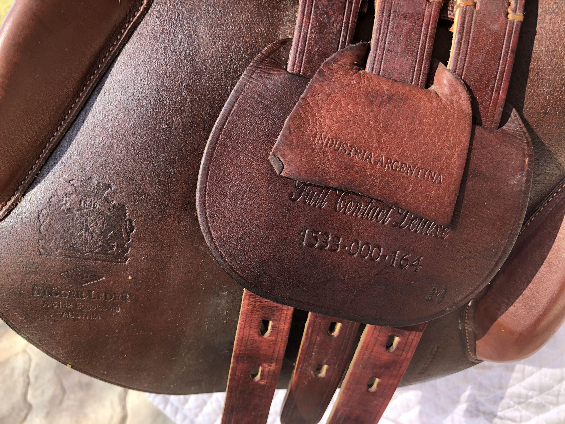 "Dover Circuit Saddle 16.5"""