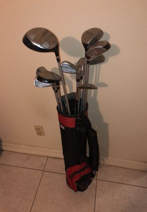 20647552c75 Golf clubs w  carry bag. for Sale in McAllen