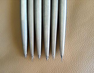 Parker set of 6 . 4 Pens and 2 Mechanical Pencils. Excellent Condition. Thumbnail