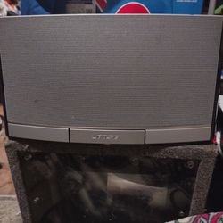 Bose iPod System In Ox's Plug 12x6x4 Sounds Really Good N Loud Thumbnail
