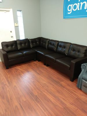 Dark Brown Leather Sectional Sofa for Sale in Parma, OH