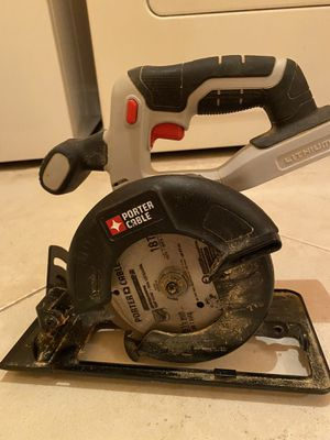 Photo Porter cable circular saw and Worx chain saw