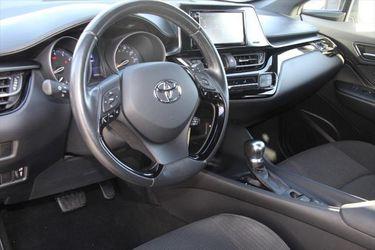 2018 Toyota C-Hr Thumbnail