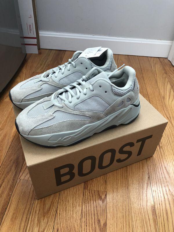 wholesale dealer d4b3d 1ba29 adidas Yeezy Boost 700 Salt (Size 8.5)