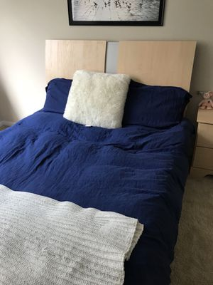 Queen size Bed + night stand for Sale in Arlington, VA