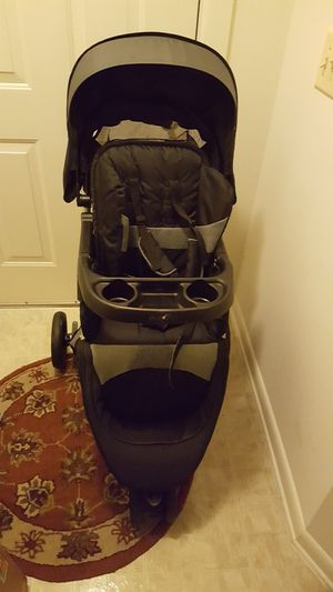 Two used stroller mini cooper dont have tray but good both for 100.00 are best offer for Sale in Germantown, MD