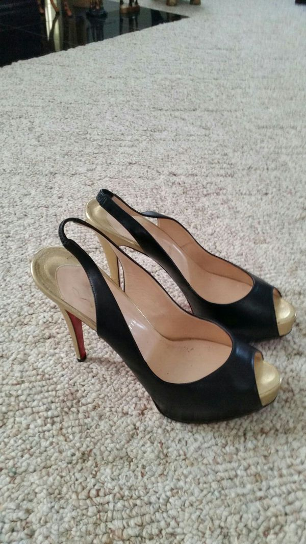 new concept 8d30a 3bf6f Christian louboutin peep toe black with gold heels, red bottoms for Sale in  Salisbury, NC - OfferUp