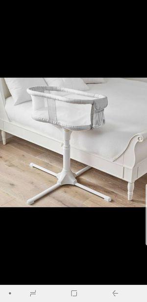 HALO® Bassinest® Swivel Sleeper, Luxe Plus Gray Melange for Sale in Alexandria, VA