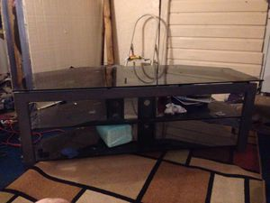 Photo Living room glass entertainment tv stand