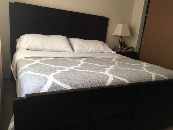 King Bedroom set for Sale in St. Louis, MO - OfferUp
