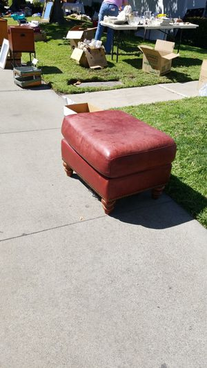 New And Used Ottomans For Sale In Modesto Ca Offerup
