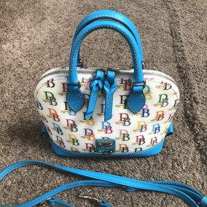 Best Offer - Mint Cond. - Dooney & Bourke Crossbody Bag for Sale in Wildwood, MO