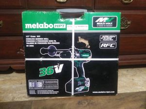 Photo Metabo, Hitachi. Hammer drill