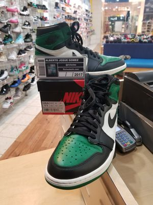 Air Jordan 1 Pine Green Size 11 for Sale in Silver Spring, MD