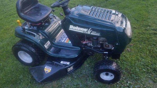 Bolens riding lawn mower for Sale in Mooresville, IN - OfferUp