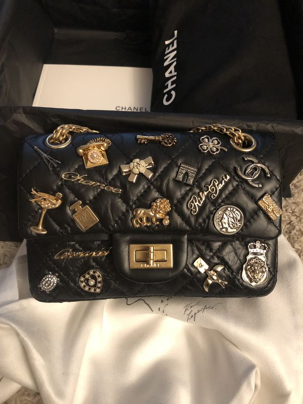 39aa1c8f2e2a 2017 Limited edition Chanel lucky charms bag for Sale in Bellevue ...