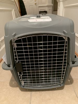 Pet kennel/ carrier for Sale in Boyds, MD