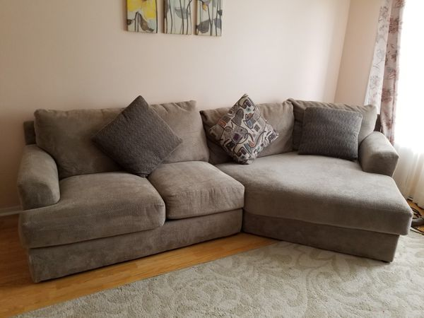 Monterey 2 Pc Sectional Sofa With Cuddler Chaise For Sale In Des