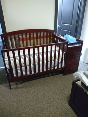 5 in 1 convertible crib changing table is part of the bed... The baby bed turns into a toddlers bed... for Sale in Chester, VA