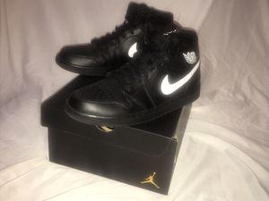 0763d47f22b5 Air Jordan 1 Mid Black Size 9.5 In Men s for Sale in Perris