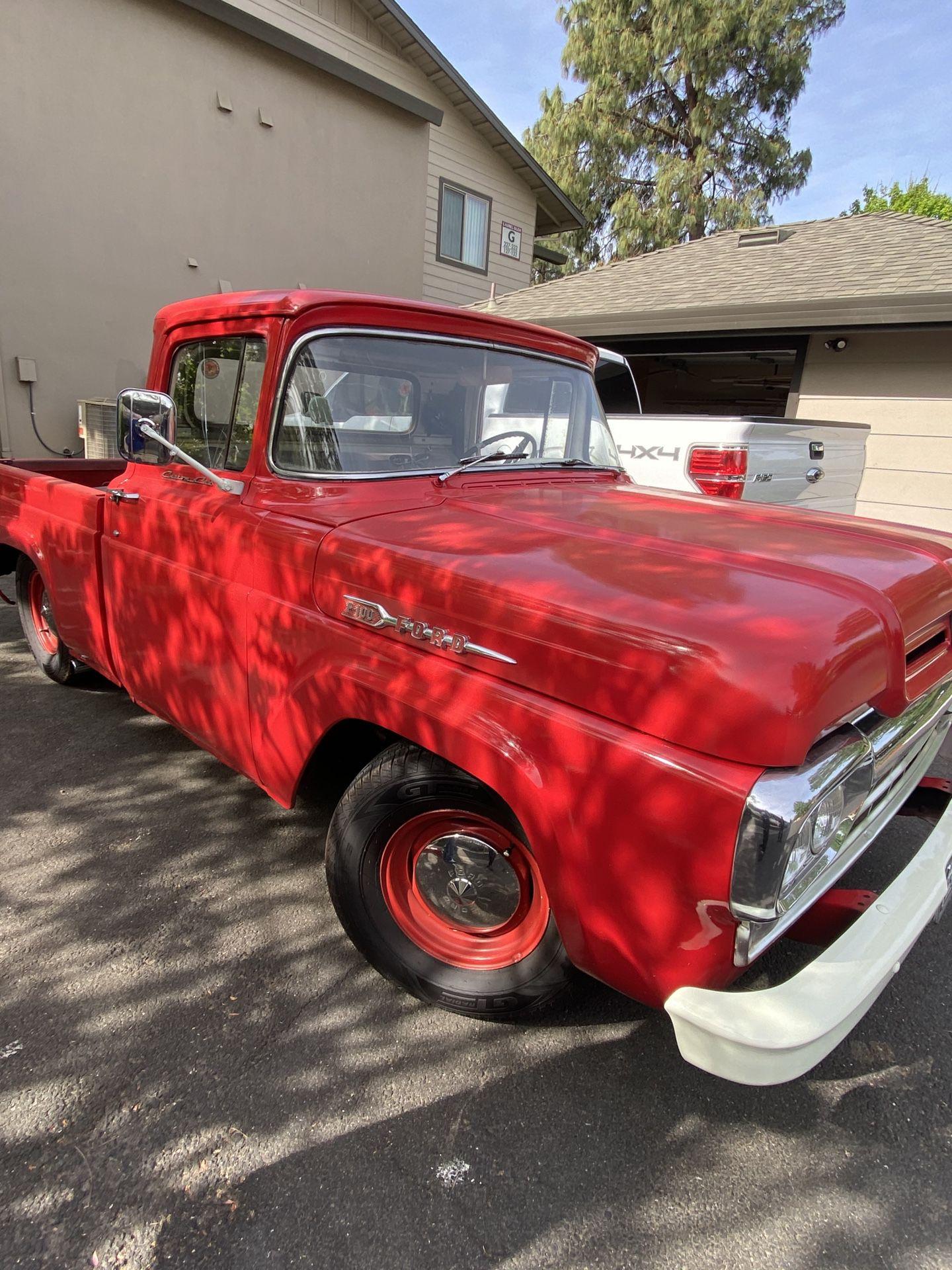 1960   Ford  F100   2.82  V8