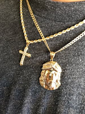 10k gold chains and diamond earrings for Sale in Orlando, FL