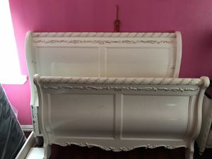 full size sleigh bed for Sale in Dallas, TX