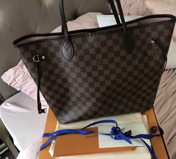 Via spiga black leather bag for Sale in Queens d2d975095facd