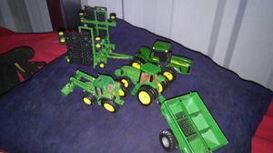 Photo 3 complete John Deere cast toys