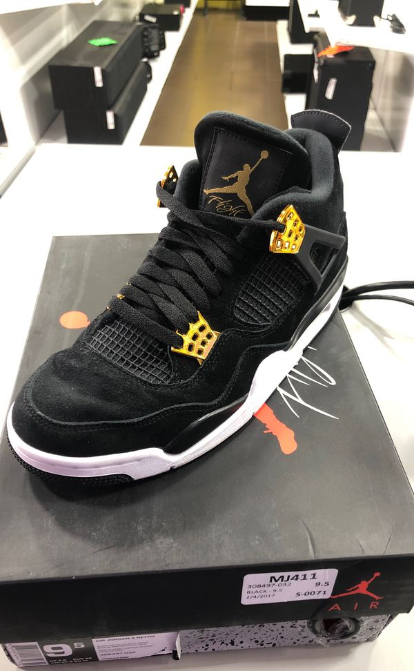 separation shoes 4e6c3 ddcaf Jordan retro 4s for Sale in Houston, TX - OfferUp