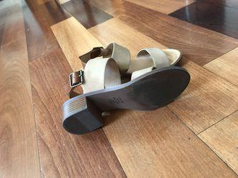 Size 6 Block heel Thumbnail