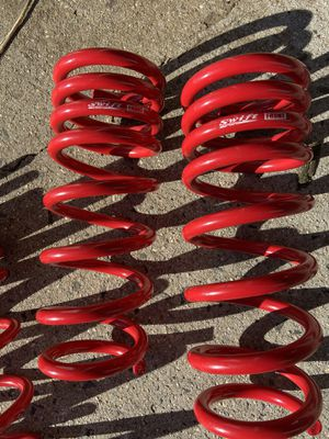 Photo BC Racing Swift Lowering Springs Coilovers Set (4)