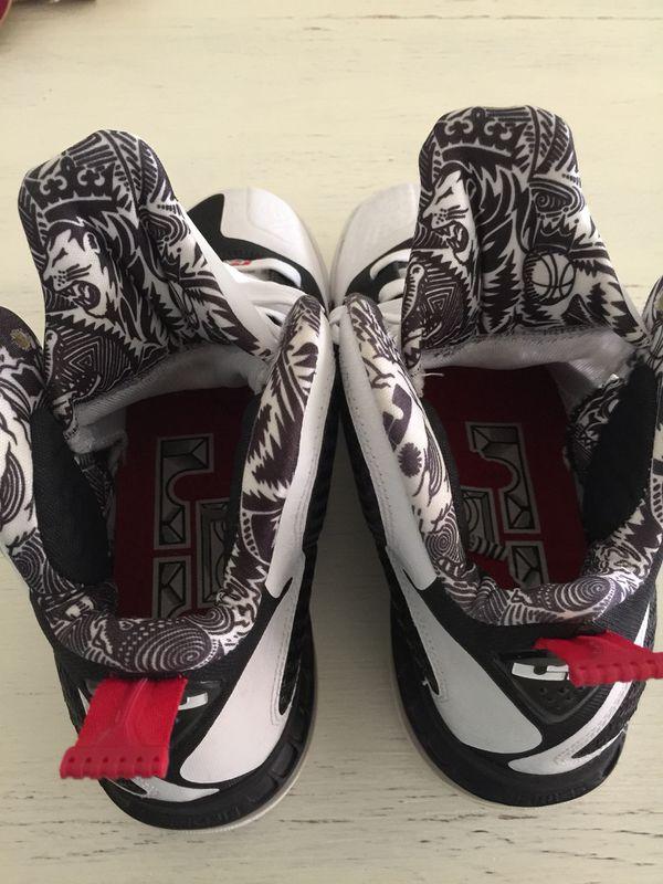 117b56bc838f lebron 9 freegum sz 9.5 -  100 Nike roshe run fb cheetah -  200 (Clothing    Shoes) in West Palm Beach